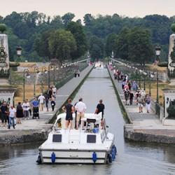 les-fleuves-et-rivieres-veritables-destinations-touristiques