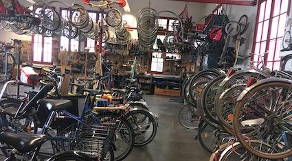 atelier vélo pour découverte de la voie et accès pour tous au grand massif